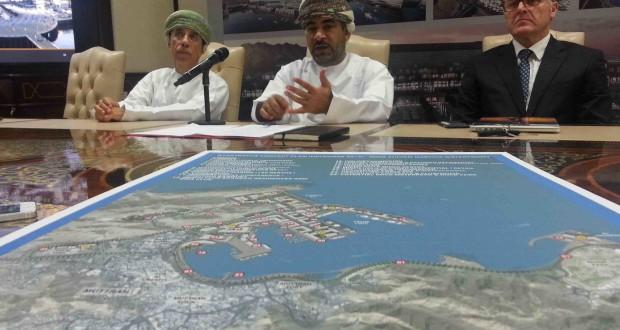 الفطيسي تطوير الواجهة البحرية لميناء السلطان قابوس بكلفة نصف